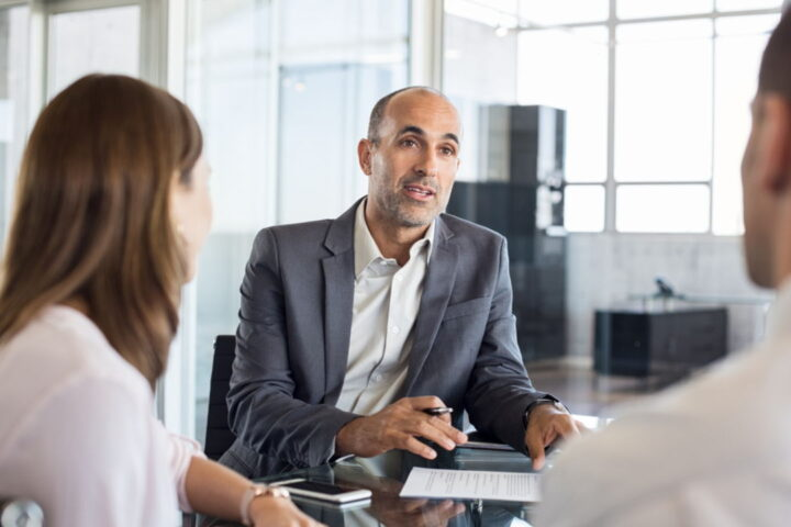 What To Look For In a Financial Advisor